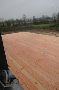 Pose du plancher (planches puis couche d'OSB)
